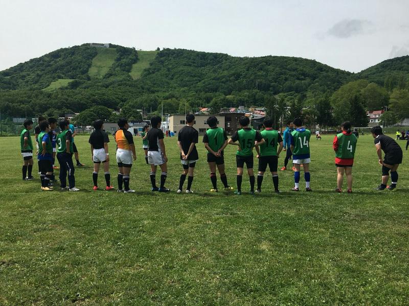 小樽潮陵高校ラグビー部 からまつ公園にて桜陽高校と合同練習