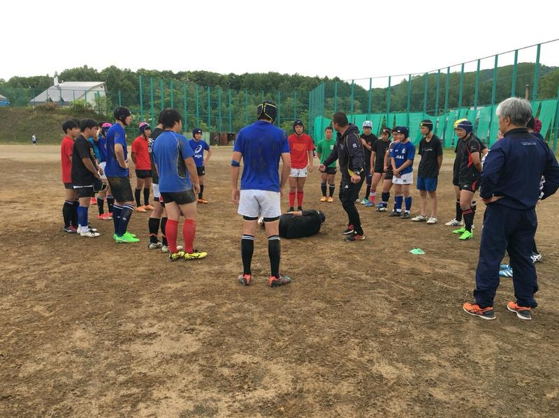 小樽潮陵高校ラグビー部 桜陽高校と合同練習、札大監督の指導